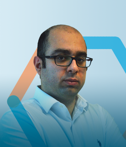 Dr. Soroush Nazarpour (PhD, Nanotechnology) is the founder of NanoXplore and has been President & CEO.